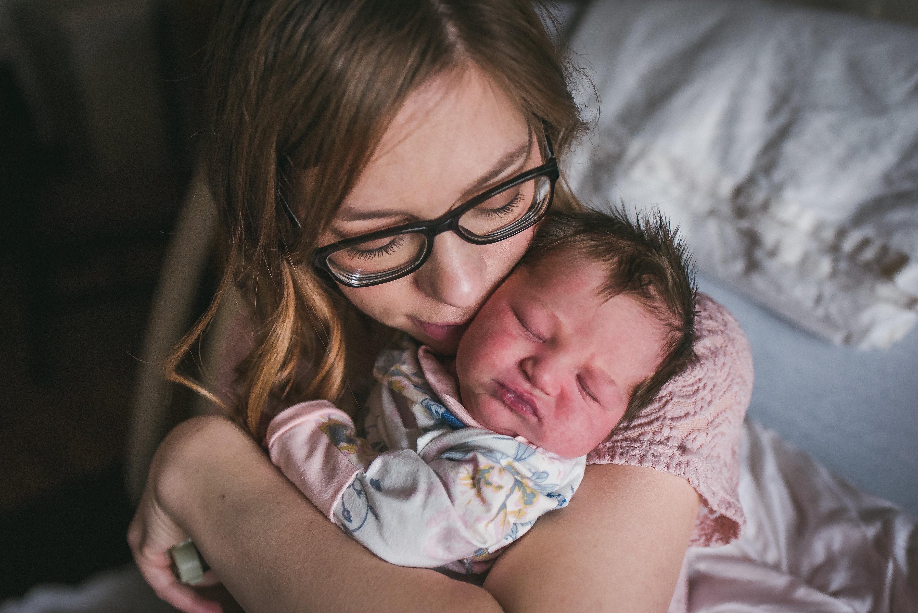 brittneyhogue-birthandbabyphototographer-peoriail-9460